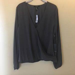 Forever 21 Women's Top Grey Long Sleeve NWT